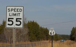 speed limit 55 car drive