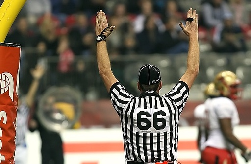 referee_football_touchdown_score