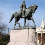 statute of robert e lee in Charlottesville, va